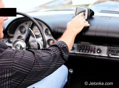 JELENIA GÓRA: Taksówkarz zagroził zdrowiu i życiu pasażerki