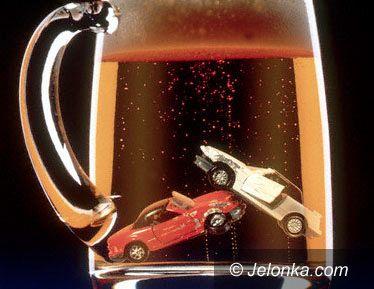 Region Jeleniogórski: Pijany policjant sprawcą wypadku
