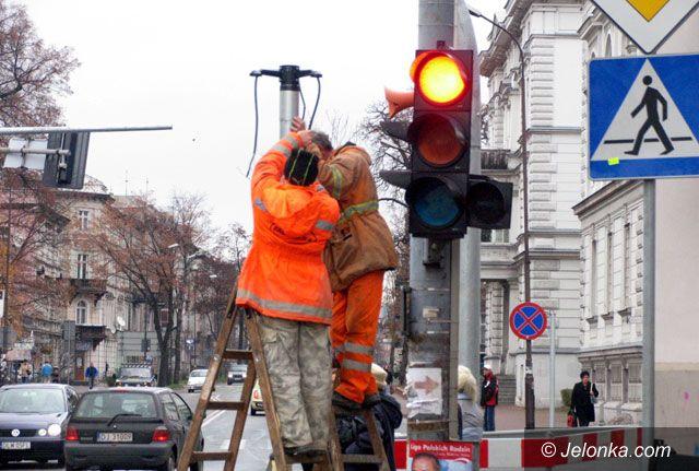 JELENIA GÓRA: Ostrożnie na światłach przy alei Wojska Polskiego