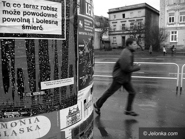 """JELENIA GÓRA: Teatr Jeleniogórski odwołuje """"Klątwę"""""""