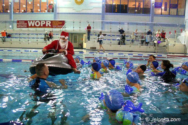 JELENIA GÓRA: Święty Mikołaj na skuterze wodnym