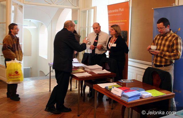 JELENIA GÓRA: Chcą pracować, niekoniecznie w Polsce