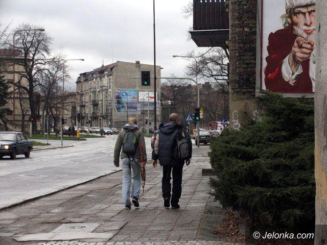 JELENIA GÓRA: Miejskie zegary nie mierzą czasu