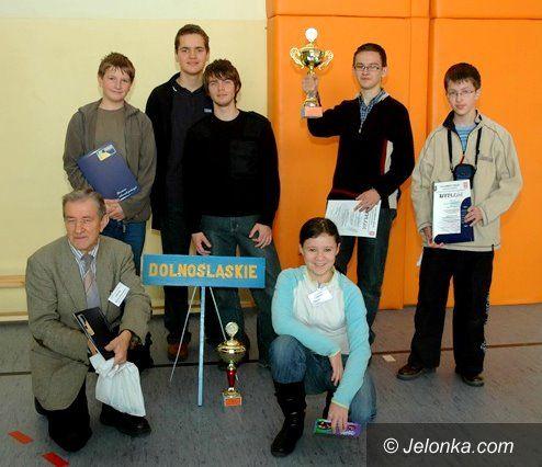 JELENIA GÓRA/ KRAJ: Informatyczna drużyna mistrzów