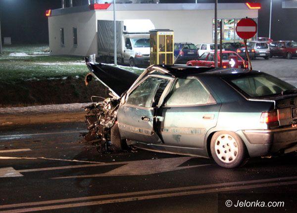 JELENIA GÓRA: Groźny wypadek na trasie czeskiej