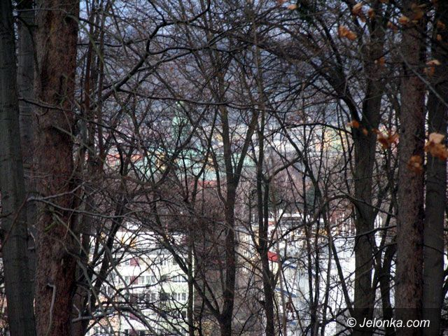 JELENIA GÓRA: Odsłonięte panoramy na 900–lecie
