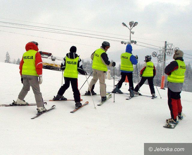 Region Jeleniogórski: Mundurowi ćwiczyli narciarskie szusy