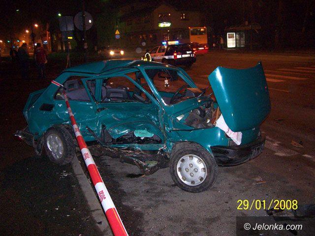 JELENIA GÓRA: Potrącenie i śmiertelny wypadek na ulicy Wolności