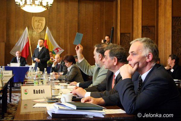 JELENIA GÓRA: Budżet zatwierdzony bez poparcia Wspólnego Miasta