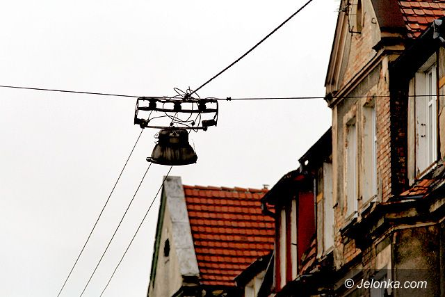 Jelenia Góra: Mroczna strona ulicy Okrzei