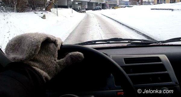 Region Jeleniogórski: Zima wróciła – wypadek pod Dziwiszowem