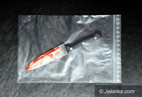 JELENIA GÓRA: Wbił sąsiadowi nóż w brzuch, stanie przed sądem