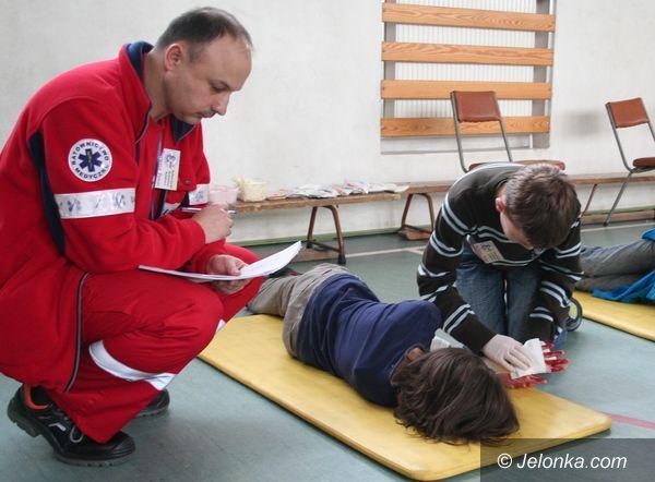JELENIA GÓRA: Ratowali rannych kolegów