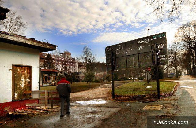 JELENIA GÓRA: Miasto bez hotelowych luksusów