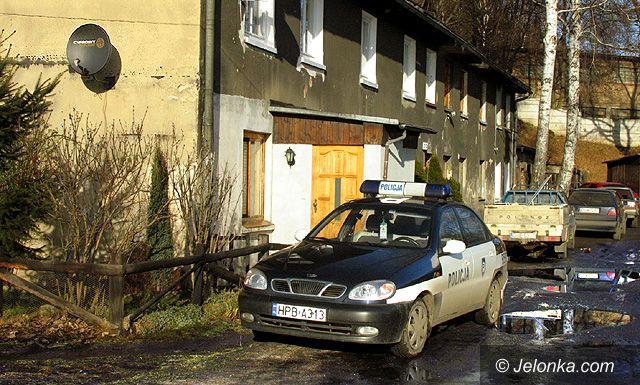 JELENIA GÓRA: Plagi z wyklętej ulicy Lwóweckiej