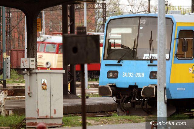 JELENIA GÓRA: Ruszyły pociągi dalekobieżne, będą nowe szynobusy