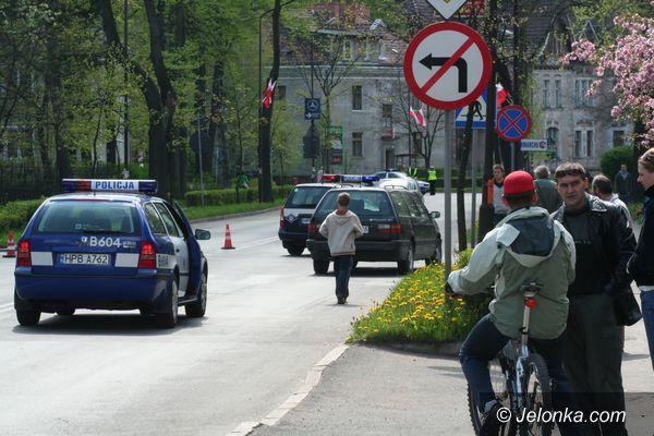 JELENIA GÓRA: Groźny  wypadek obok sądu