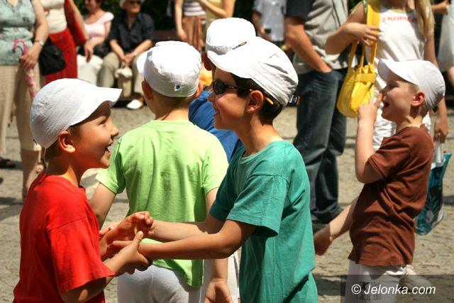 JELENIA GÓRA: Miastem rządzą dzieci