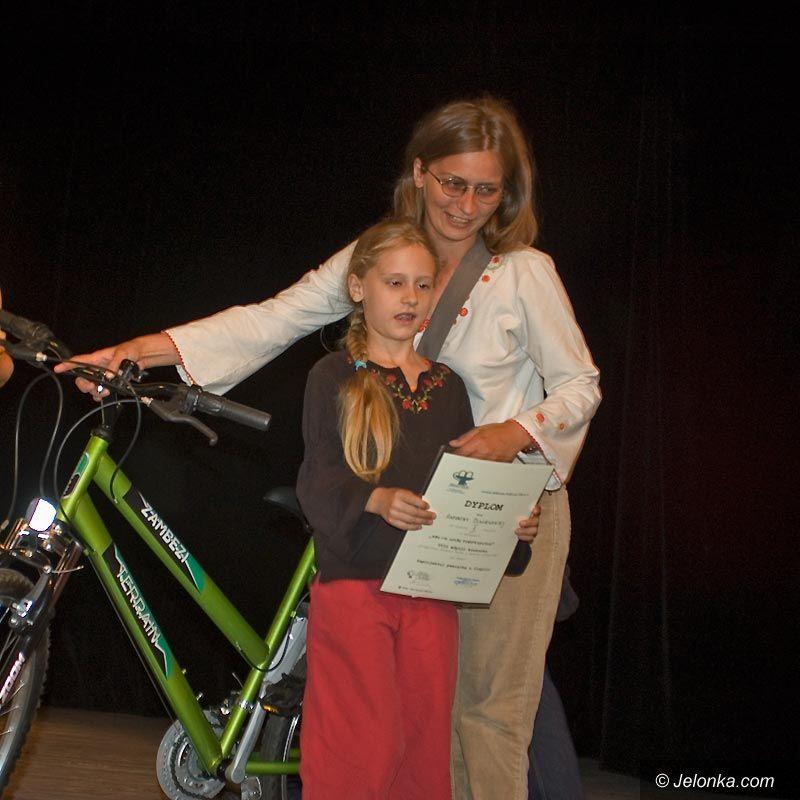 JELENIA GÓRA: Deszcz nagród za pamiątkę z Cieplic