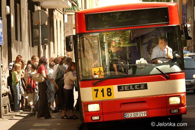 JELENIA GÓRA: Wakacje w miejskich autobusach