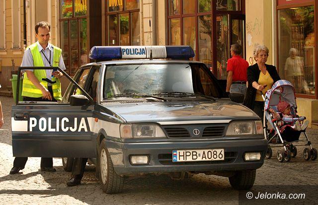 JELENIA GÓRA/ KRAJ: Złapani w policyjny kadr