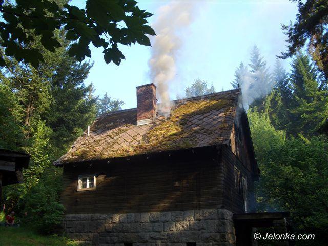 Region Jeleniogórski: Paliła się opuszczona leśniczówka