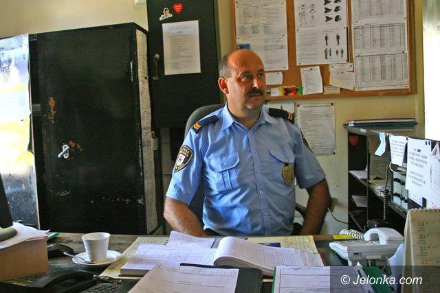 JELENIA GÓRA: Strażnicy miejscy walczą o poprawę bytu
