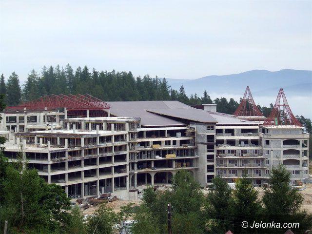 Region Jeleniogórski: Luksusy rosną w kurorcie