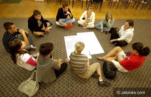 JELENIA  GÓRA: Młodzi w działaniu dają radę!