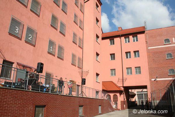 Jelenia Góra: Koncert pod celą