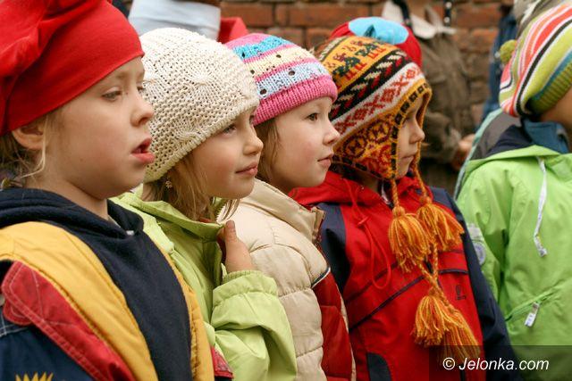JELENIA GÓRA: Sześciolatki do szkoły marsz!