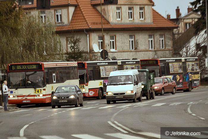 JELENIA GÓRA: Stadna jazda miejskich autobusów