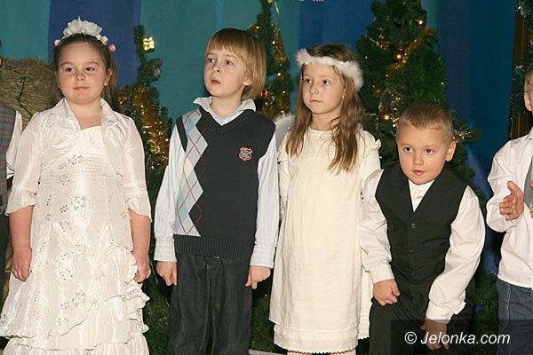 JELENIA GÓRA: Najmłodsi czują święta i liczą na prezenty