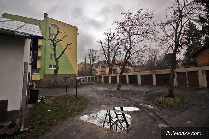 Jelenia Góra: Wykupią podwórka z dużą ulgą