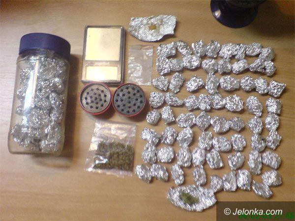 JELENIA GÓRA: Aresztowali dilera środków odurzających
