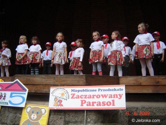 JELENIA GÓRA: Dziecięcy plener receptą na radość