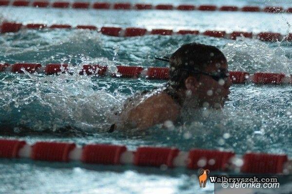 Świebodzice: Trzynaście medali naszych pływaków