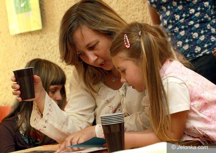 JELENIA GÓRA: Taniec radości małych akademików