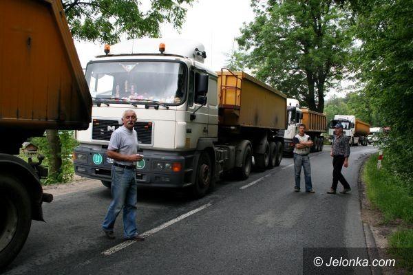 REGION: Czołówka przez bezmyślność kierowcy węglarki