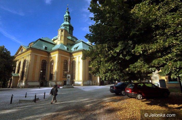 JELENIA GÓRA: Kościół Łaski za zamkniętymi bramami