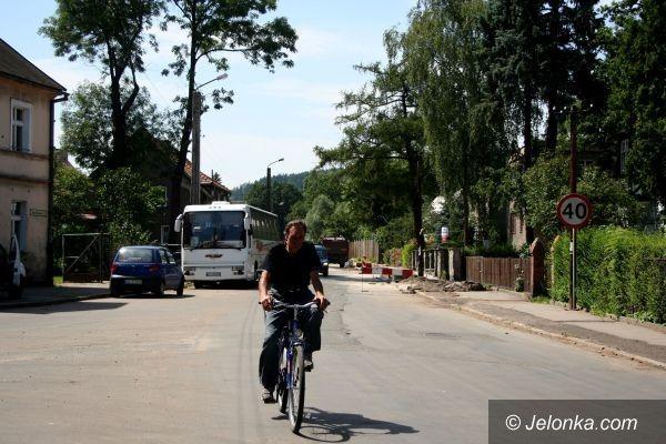 JELENIA GÓRA: Poczekamy na drogi rowerowe