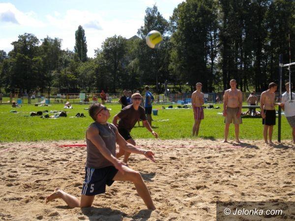 Jelenia Góra: Wakacje z plażówką