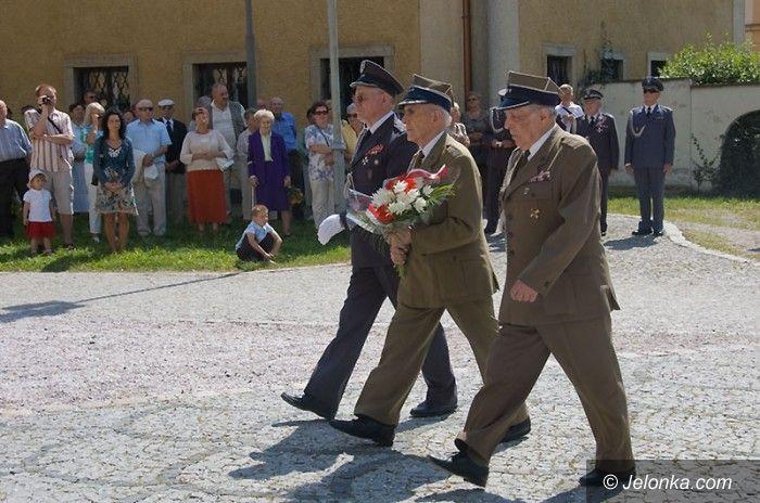 JELENIA GÓRA: Chwała żołnierzom nie tylko w dniu ich święta