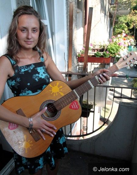 JELENIA GÓRA: Dzięki Czytelnikowi Stachu ma gitarę
