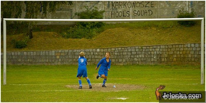 Jelenia Góra - Złotnicza: Piłkarskie nadzieje – fotoreportaż
