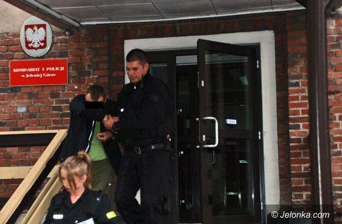 JELENIA GÓRA: Przestępcy narkotykowi za kratkami