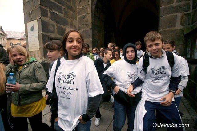 JELENIA GÓRA: Pobiegną w sztafecie dla Jana Pawła II