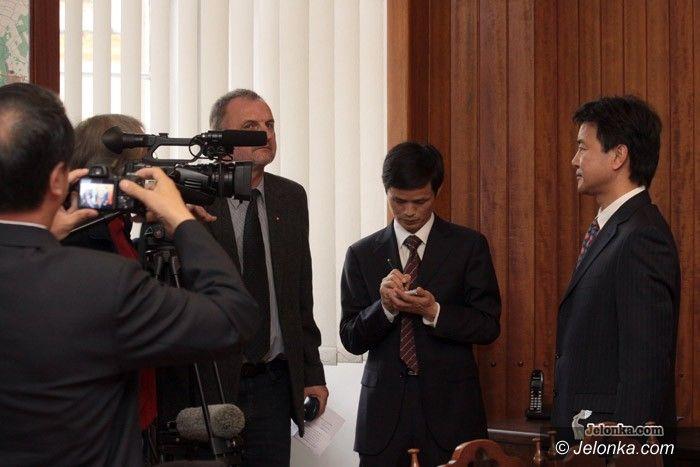 JELENIA GÓRA: Jelenia Góra brata się z Chińczykami