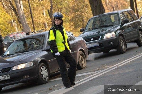 """JELENIA GÓRA: Akcja """"Znicz"""" – w miarę spokojnie na drogach"""