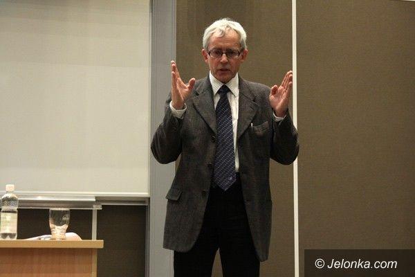 Jelenia Góra: Prof. Maciaszek: – Szkoły wyższe są skostniałe